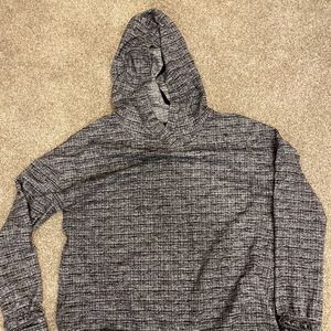 Lululemon Healthy Heart Pullover Size 6